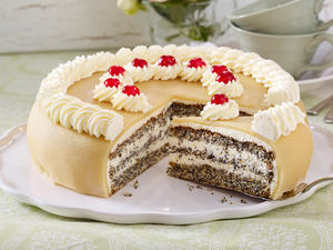 Mohn-Marzipan-Torte