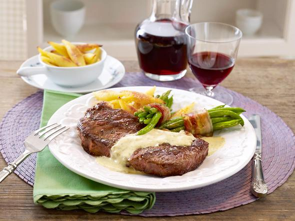 "Sauce ""Café de Paris"" zu Rumpsteak - so geht's"