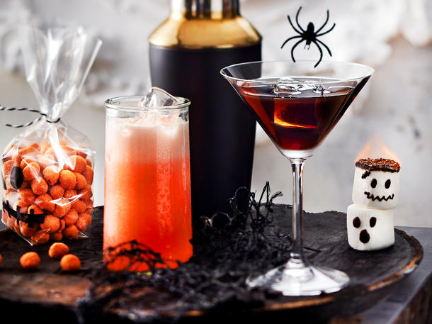 "Halloween Cocktail ""Lila Hexe"""